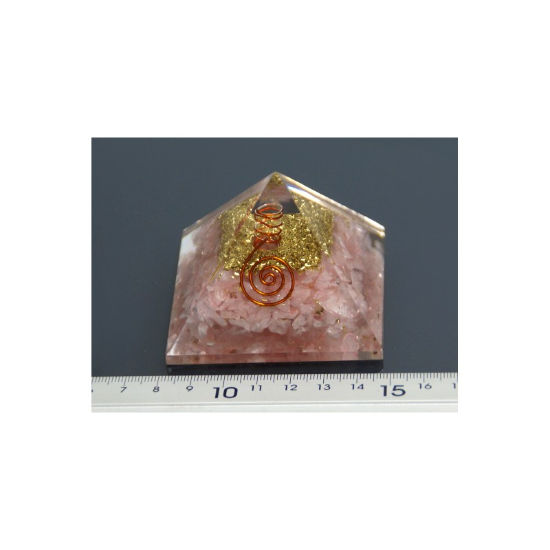 Piramide de orgonite cuarzo rosa mediana (70 x 70 mm)