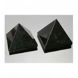 Piramide de turmalina negra 4.5 cm